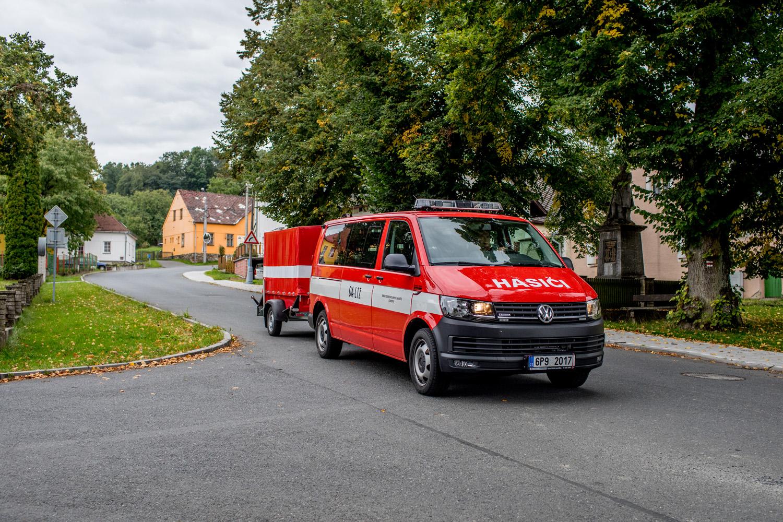 Vybavení SDH JPO III obce Chodov hasičskou technikou